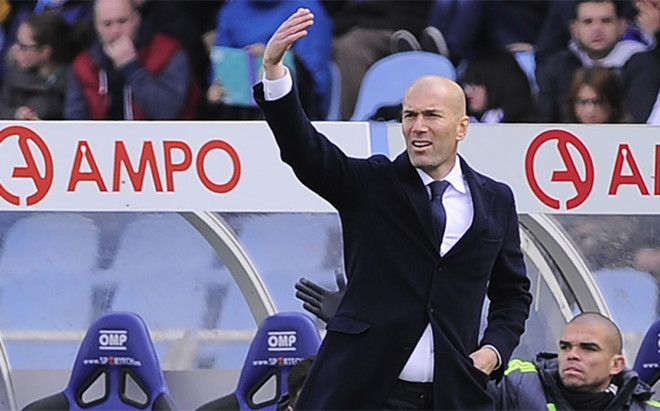 Zidane sufri� de lo lindo en Anoeta