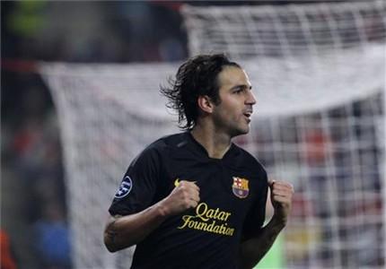 Cesc Fábregas, su pelo y la play!