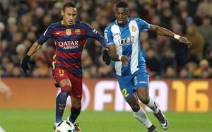 Pape Diop y Neymar durante el Barça-Espanyol de la Copa del Rey 2015/16