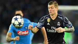 Toni Kroos no se ve abandonando la élite futbolística a corto plazo