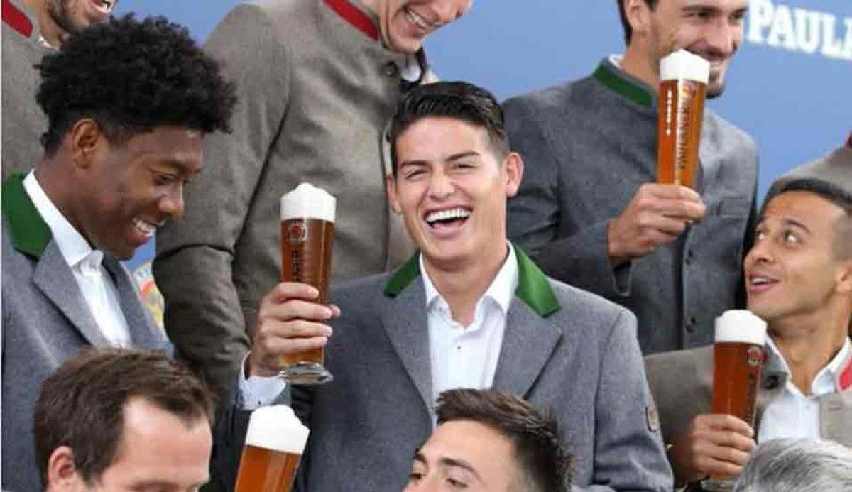 El Bayern disfruta con la promoción del Oktoberfest