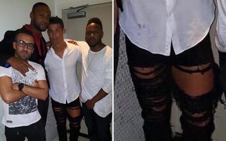 Cristiano, con unos pantalones extremos