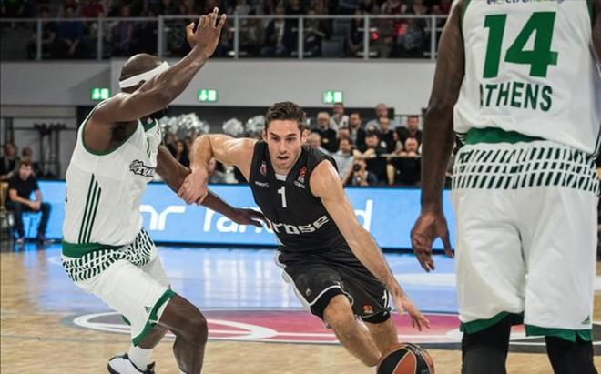El ex del Baskonia Fabien Causeur es una de las caras nuevas del Brose Baskets alem�n, que visita este viernes el Palau