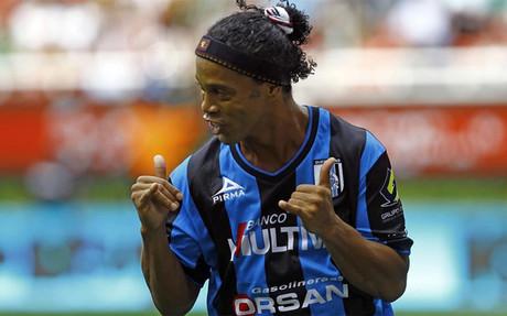 Ronaldinho marc� su primer gol en M�xico