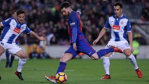 Messi volverá a ser centro de atención en el derbi contra el Espanyol