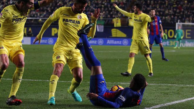 Neymar con Bruno y Musacchio