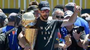 Curry y su puro de la victoria