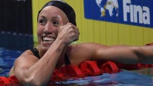 Jessica Vall, feliz tras su clasificación para los 100 braza