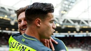 Coutinho continúa con la esperanza de jugar en el Barça
