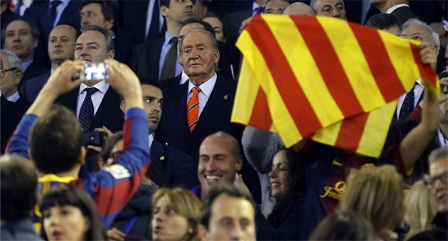 As� son� el himno espa�ol en Mestalla
