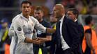 Fr�a celebraci�n entre Cristiano Ronaldo y Zidane
