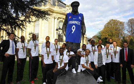 La estatua de Churchill y la camiseta de la discordia