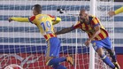 Zazay Rodrigo celebran el primer gol del Valencia en Anoeta