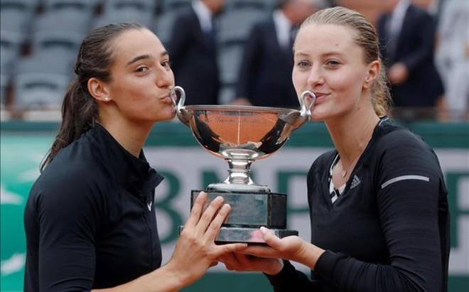 Caroline Garc�a y Kristina Mladenovic, campeonas de dobles de Roland Garros 2016