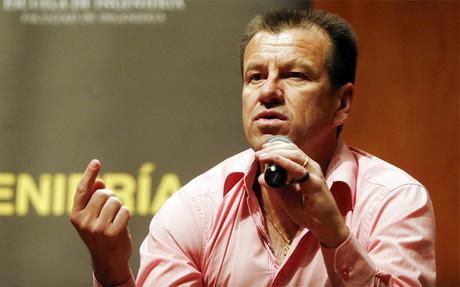 Dunga quiere poner orden en la selecci�n de Brasil
