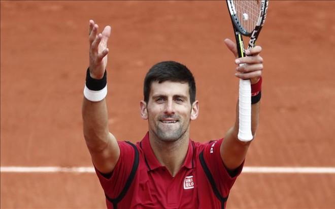 Novak Djokovic tiene una gran comuni�n con el p�blico de Par�s