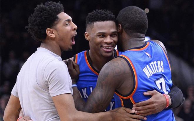 Westbrook aport� 29 puntos