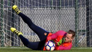 Ter Stegen ya se ha ejercitado con el FC Barcelona después de jugar contra Alemania