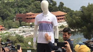 Novak Djokovic presentó en Montecarlo su nuevo acuerdo con Lacoste