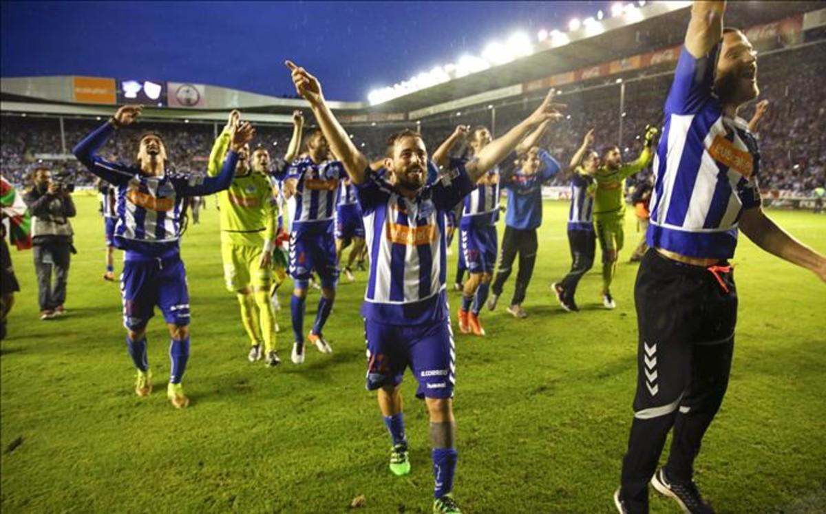 El Alavés vuelve a la liga de la estrella 10 años después.