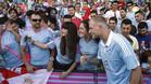 Giudetti se fotografió con aficionados del Celta en su presentación