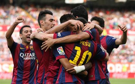 Los jugadores del Bar�a, celebrando un gol en Vallecas