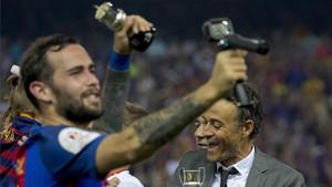 Aleix Vidal se siente más fuerte que nunca y pide paso