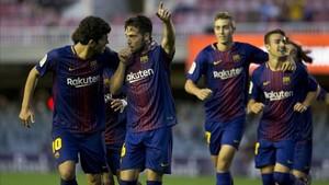 El Barça B celebrando el gol frente al Lorca