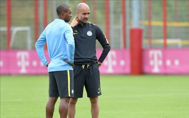 Guardiola pone firmes a sus jugadores