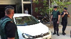 Sandro Rosell, a la salida de su domicilio acompañado por la Guardia Civil