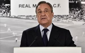 Florentino Pérez frena las salidas