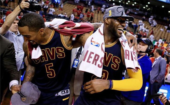 LeBron celebrando el pase a las Finales NBA
