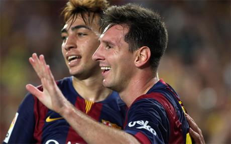 Messi y Munir celebran un gol en el Bar�a-Elche de la Liga