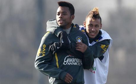 Son buenos amigos, pero futbol�sticamente hablando no hay comparaci�n posible