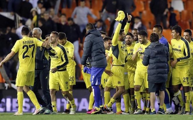 El Villarreal se asegur� la cuarta plaza en el campo del Valencia