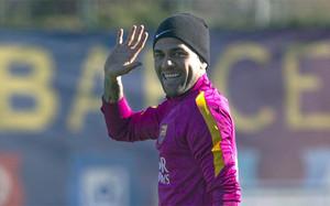 Dani Alves puede ser tentado por el fútbol chino