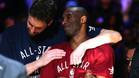 Pau Gasol abraza a su amigo Kobe Bryant