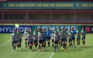 Los socceroos destinarán parte de la recaudación para promover el fútbol entre los aborígenes