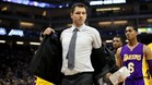 Luke Walton vivió su peor noche como entrenador de los Lakers