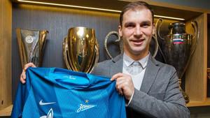 Ivanovic defenderá ahora la camiseta del Zenit de San Petersburgo