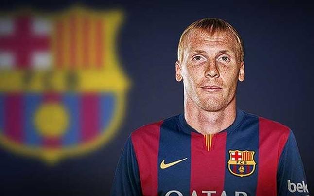 El Barça subió esta imagen de Jeremy Mathieu como blaugrana