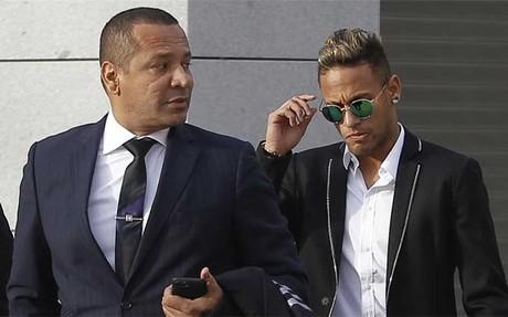 Neymar y su padre, en la Audiencia Nacional