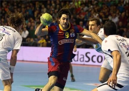 Ra�l Entrerr�os, MVP del reciente Europeo, ofreci� otra c�tedra en Pamplona