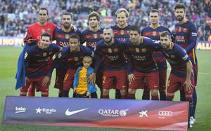 Neymar se fotografió junto a su hijo Davi Lucca