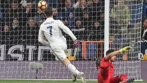 Cristiano Ronaldo estableció el 2-0 al paso por el minuto 50