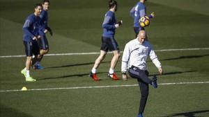 Zidane y sus jugadores afrontan una complicada visita al feudo del Villareal