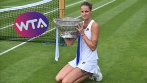 La checa lidera con autoridad el ránking WTA