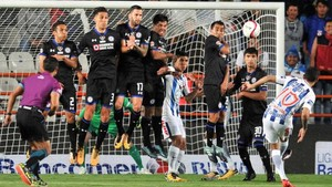 El Pachuca endosó cuatro goles al Cruz Azul de Jémez