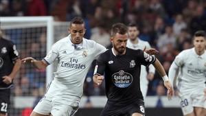 Danilo fue abucheado durante buena parte del partido por las gradas del Bernabéu