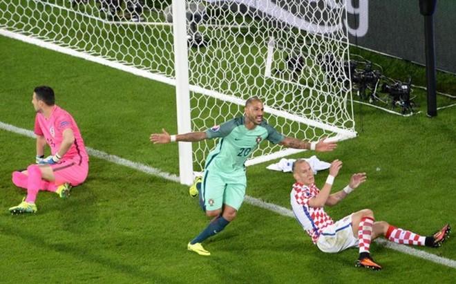 As� celebr� Quaresma el gol que dio el pase a cuartos a Portugal